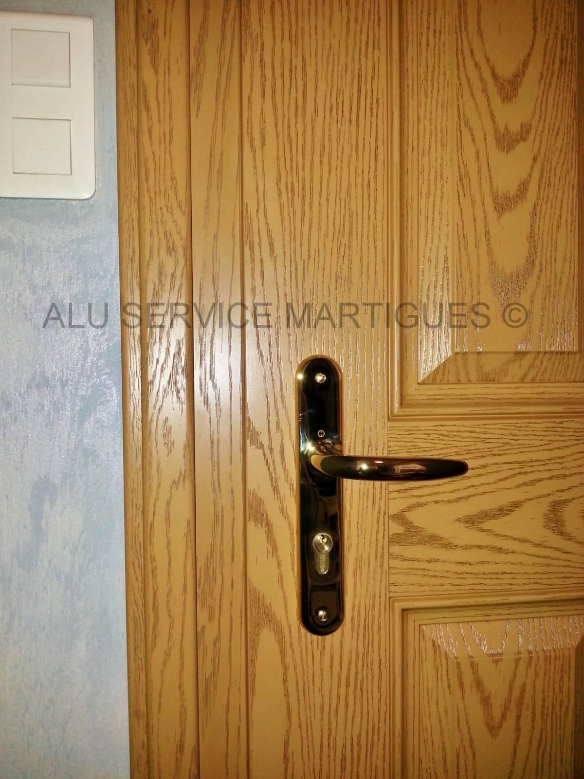 R alisation porte d 39 entr e bois composite sur mesure sur for Porte de service en bois sur mesure
