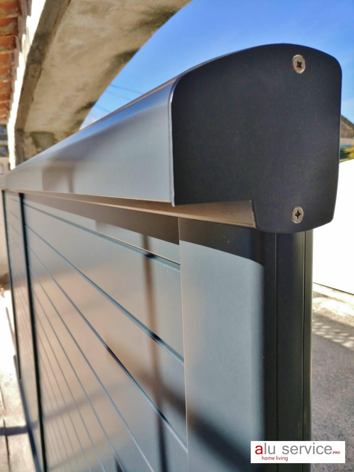 r alisation sur mesure portail aluminium coulissant lames horizontales sur istres pose de. Black Bedroom Furniture Sets. Home Design Ideas