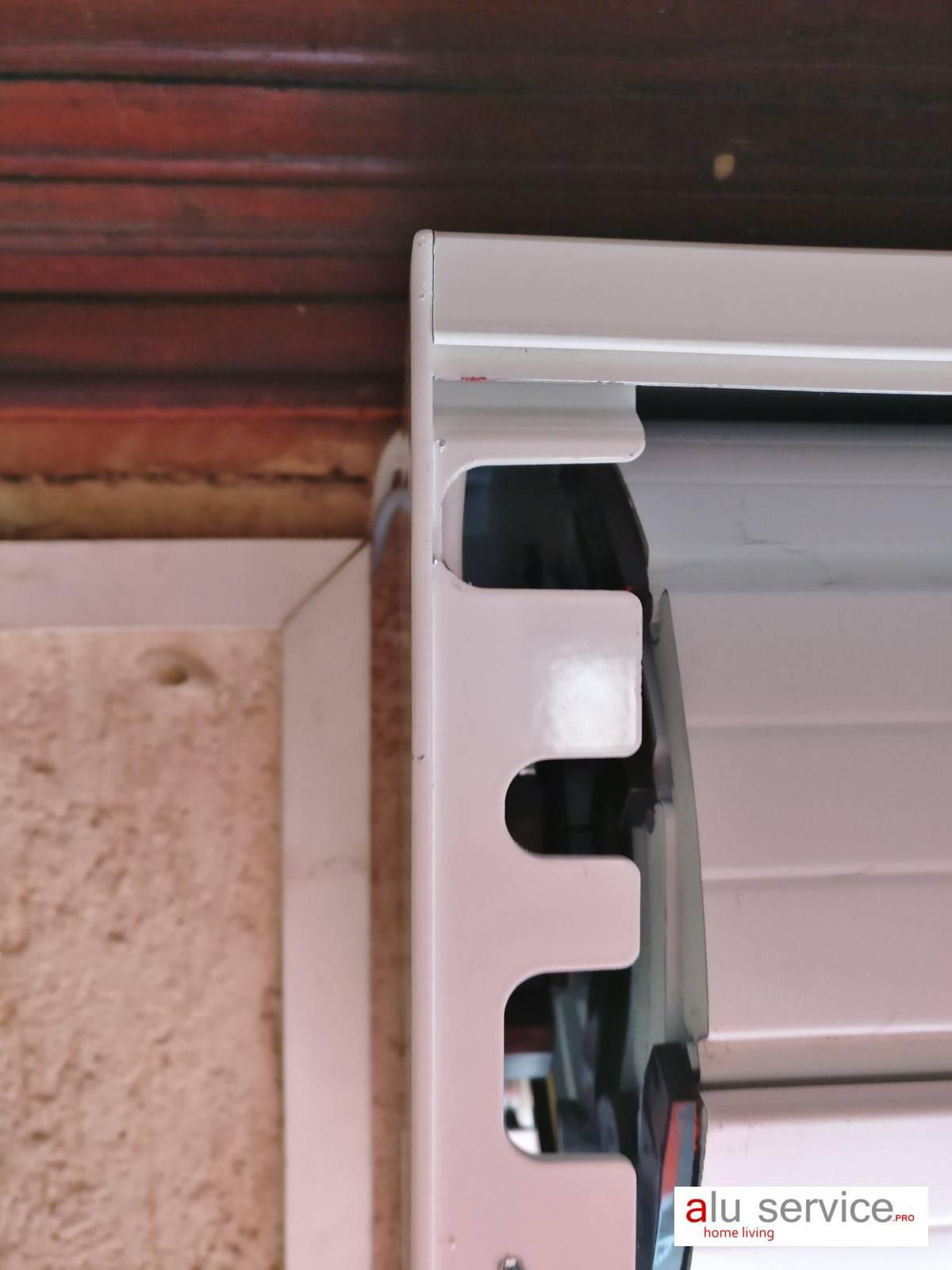 r alisation remplacement porte de garage par porte enroulable sur martigues pose de. Black Bedroom Furniture Sets. Home Design Ideas